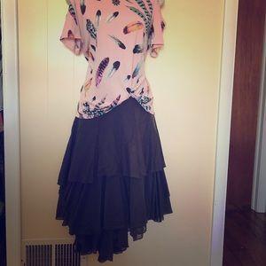 Layered gray cotton skirt. Size 8.